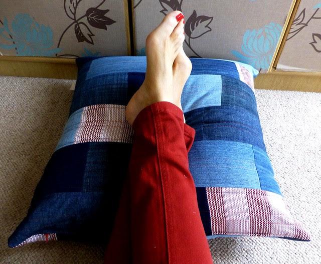 Phil's Denim cushion 005