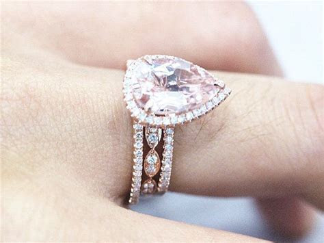 1000  ideas about Pear Wedding Ring on Pinterest   Pear