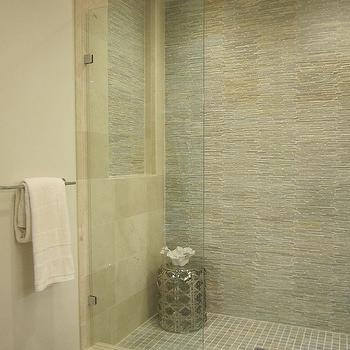 mosaic-tile-bathroom-accent-walls - Design, decor, photos ...