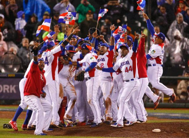 Resultado de imagen de rd campeon clasico mundial beisbol