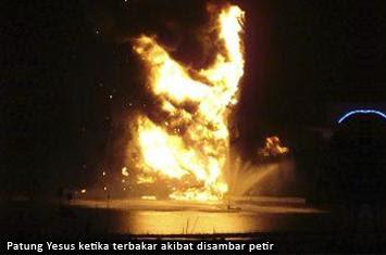 http://www.voa-islam.com/photos/mumtaz/Yesus-terbakar.jpg
