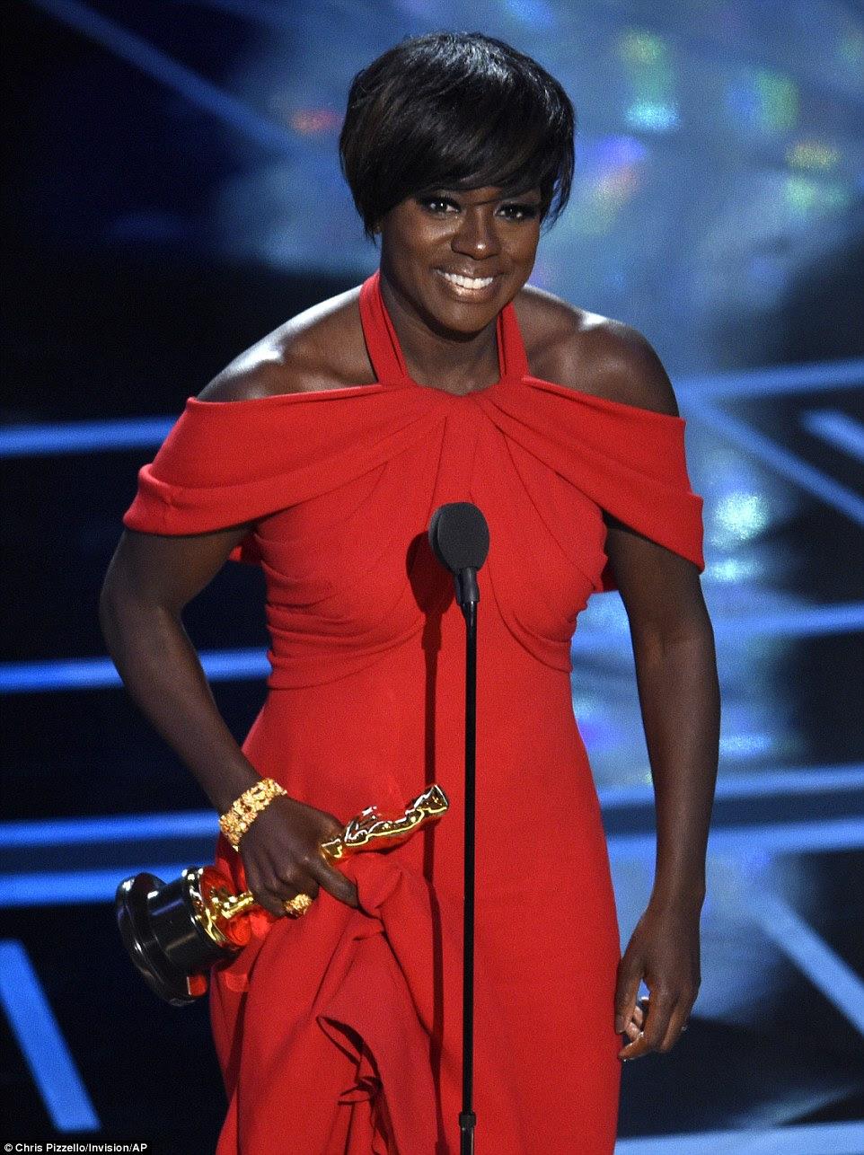 Realização de coroação: Viola Davis ganhou seu primeiro Oscar na Melhor Atriz em uma categoria de apoio para Fences