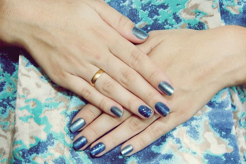 juliana leite nail art tag blog azul esmate gliter  azul crination poção mágica impala