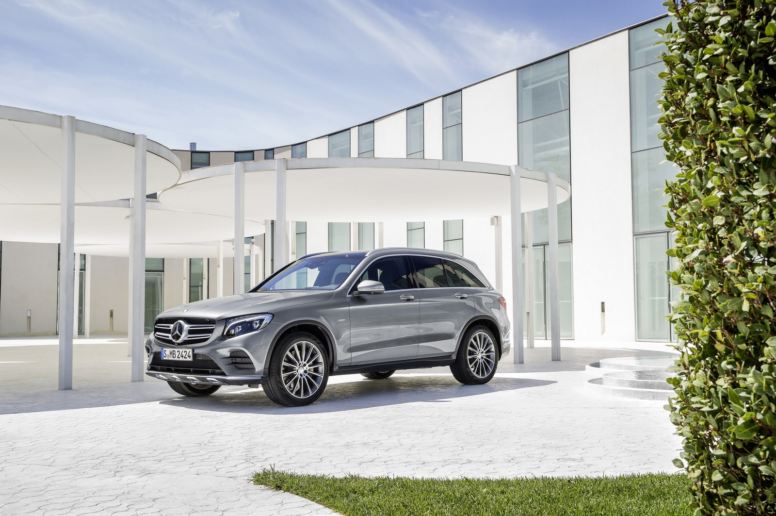 Mercedes GLC 350e PHEV Priced From $49,990 In The U.S ...