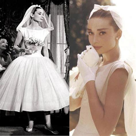 Best 25  Wedding dress outlet ideas on Pinterest   Wedding