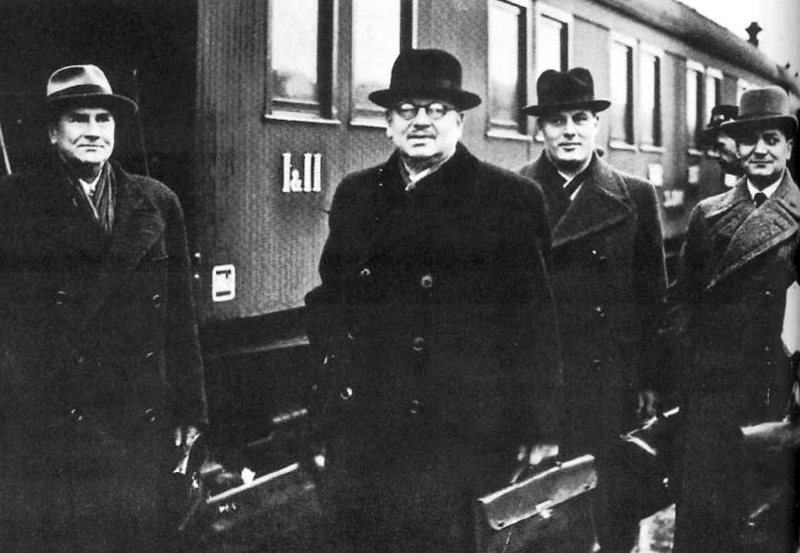 File:Moscow negotiations paaskivi yrjokoskinen nykopp paasonen 1939.png