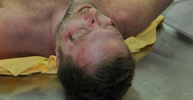 """Magherini morto dopo l'arresto, la famiglia denuncia: """"Calci da immobilizzato"""""""