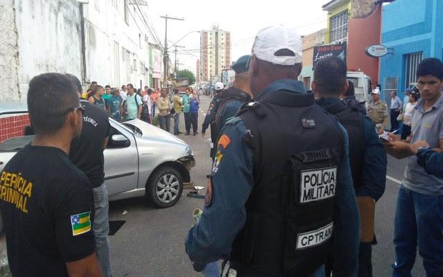 Acidente ocorreu no início da tarde no Centro de Aracaju (SE). (Foto: Ana Fontes/TV Sergipe