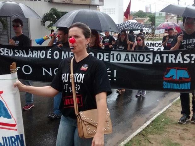 Servidores do Judiciário Federal querem a aprovação do projeto de lei que prevê a reposição salarial da categoria (Foto: Ana Paula Costa)