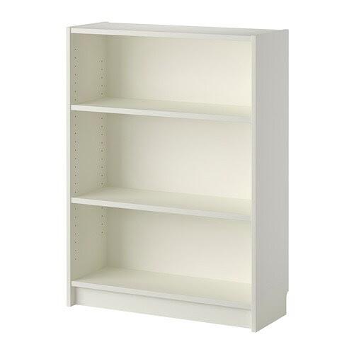 BILLY Libreria IKEA Ripiani regolabili: posizionali in base alle tue esigenze.