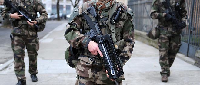 La France estime que 7  sites pourraient être les cibles d'attaques terroristes simultanées.