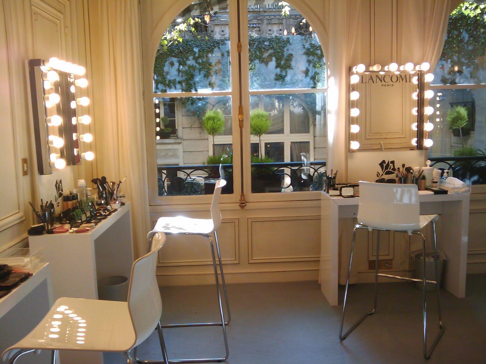 Makeup artist room