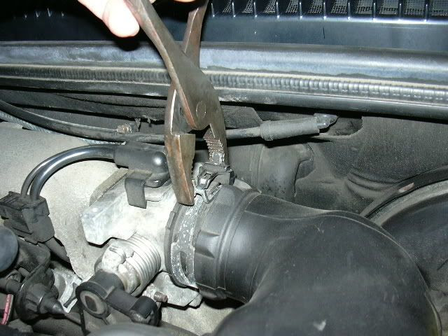 Changing The Ects Coolant Temp Sensor With Pictures Saturnfans Com Forums