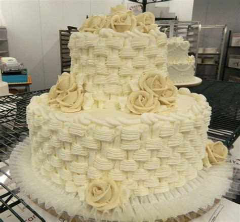 Traditional basketweave buttercream 2 tier cake with
