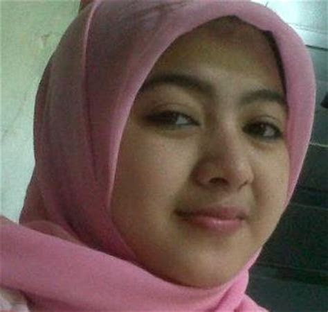 foto wanita muslimah berhijab cantik gambar lucu gif