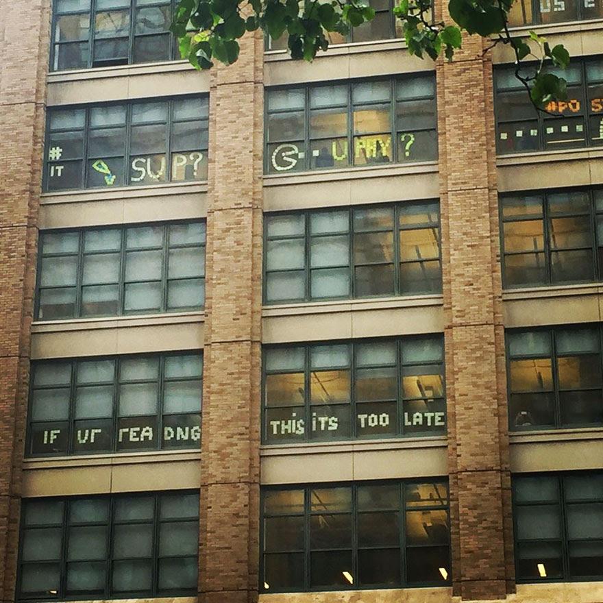 guerra-postits-edificios-oficinas-nueva-york (2)
