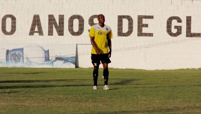 Bruno Luiz - atacante do ABC (Foto: Carlos Cruz/GloboEsporte.com)