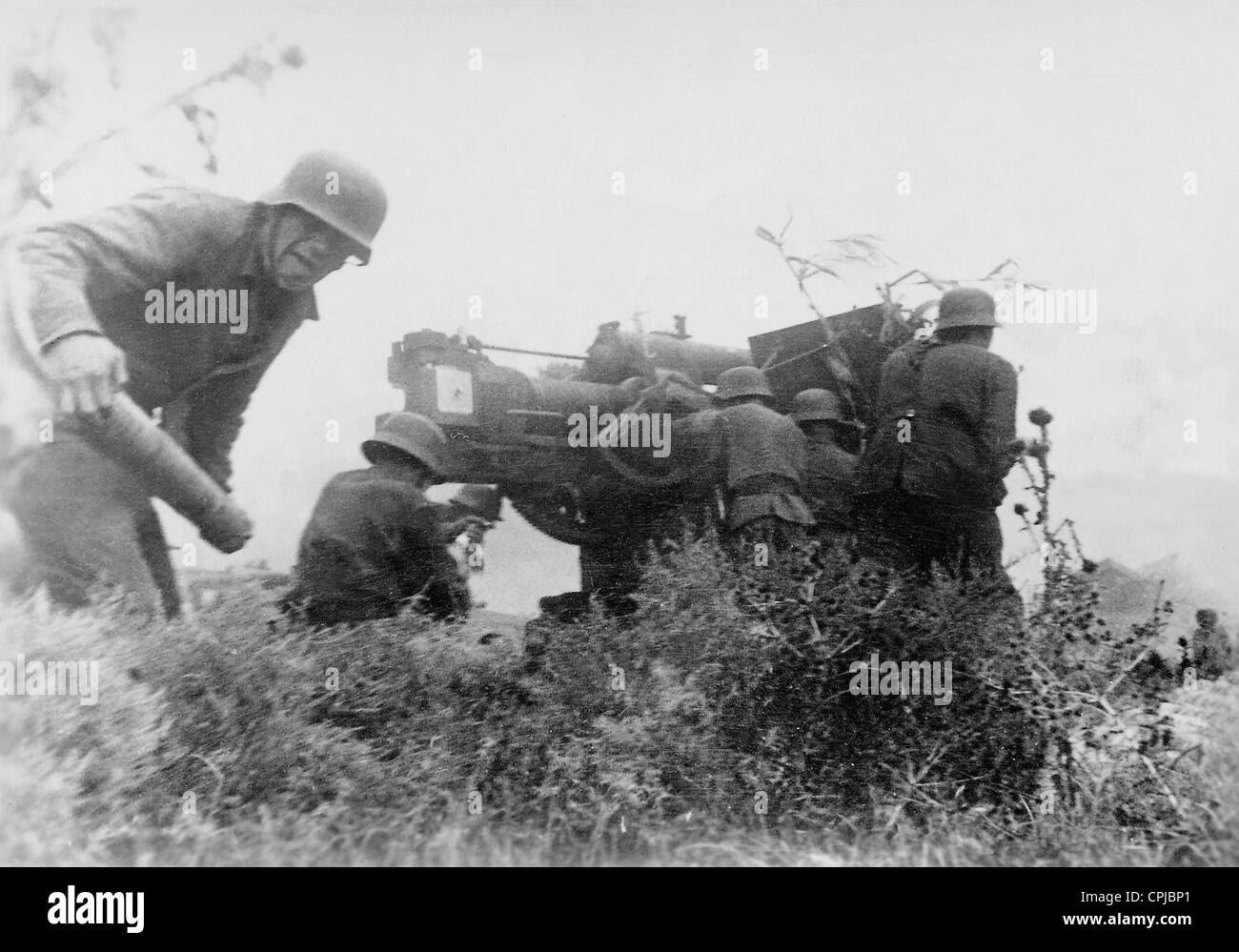 Deutsche Soldaten Mit Einem Flak Geschütz Im Zweiten Weltkrieg An