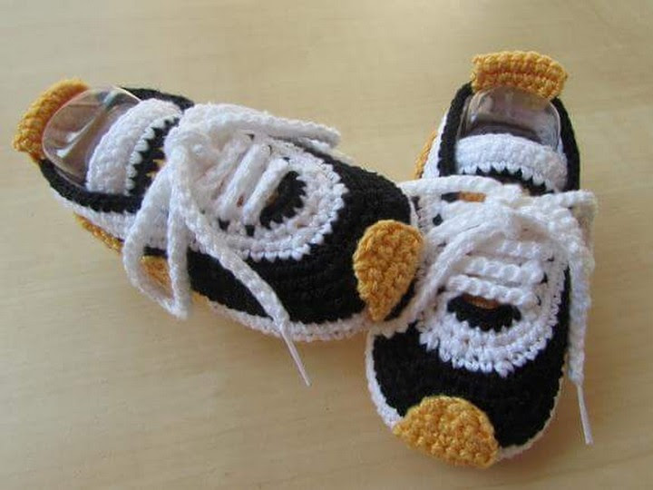 36cacbad8f9 Homemade Nike Baby Sneakers Free Patterns and Tutorial