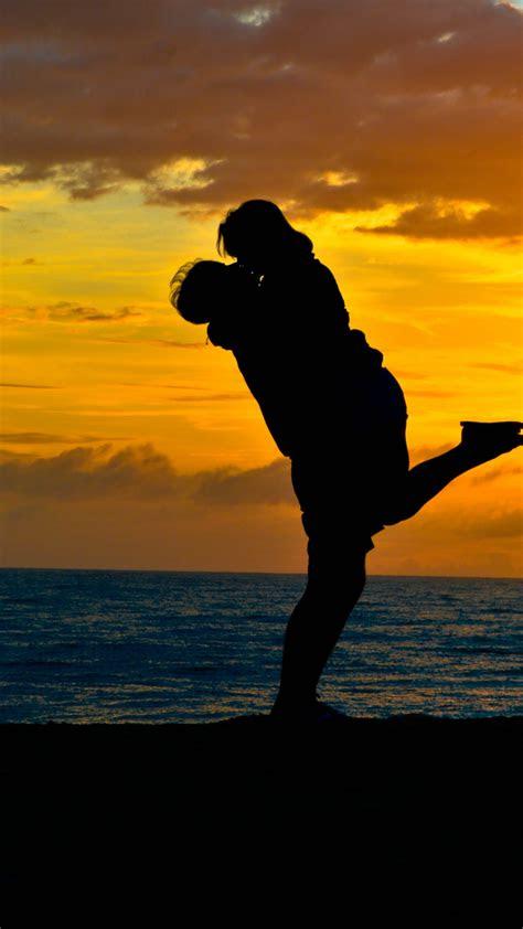 wallpaper happy mood hug lovers couple sunset silhouette hd  love  wallpaper
