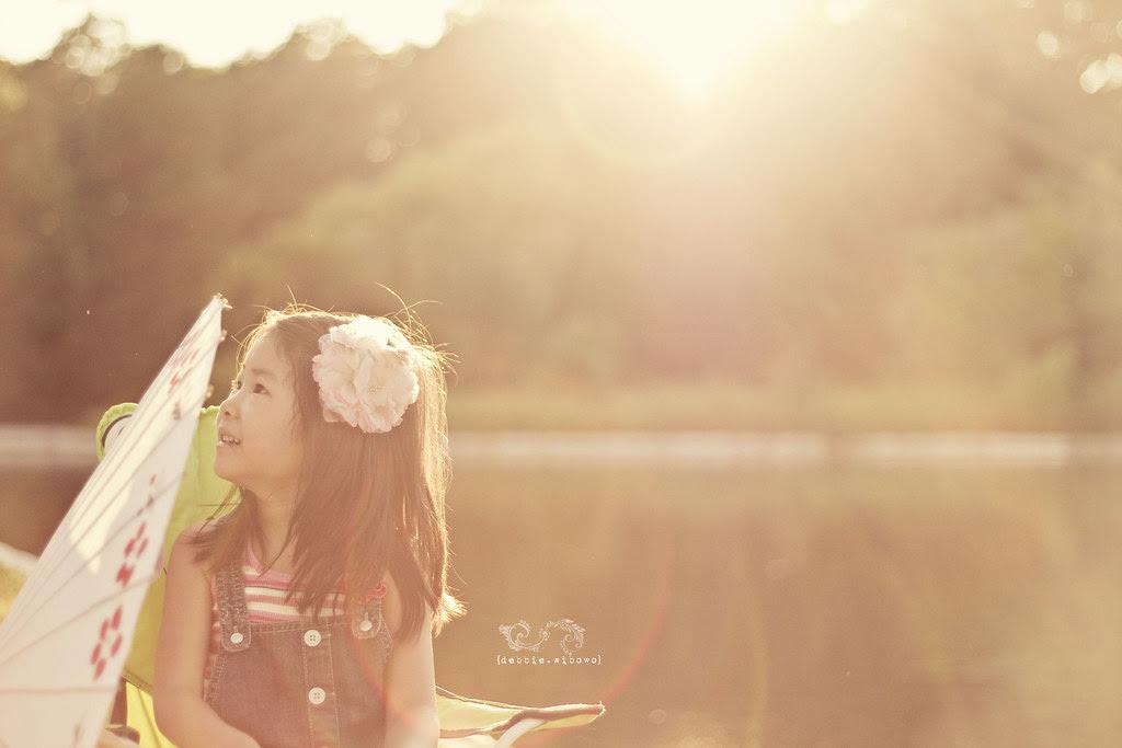 .Little Sunshine and Kissable.