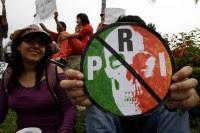 #YoSoy132. Estudiantes protestan contra EPN y televisoras en Morelos. Foto: Margarito Pérez