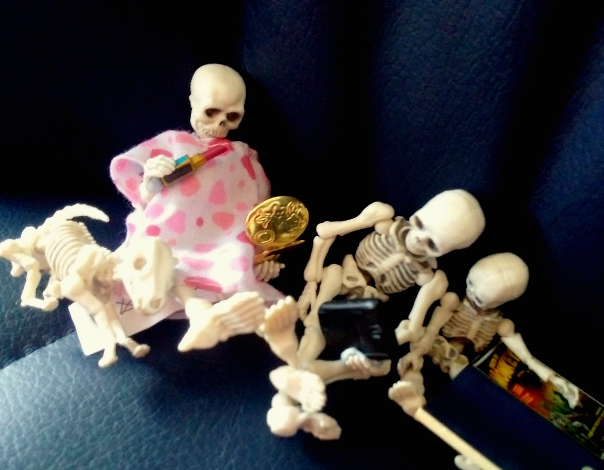 Pose Skeletons on the bus!