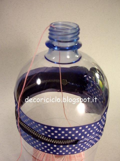 porta-gomitolo con bottiglia di plastica 4