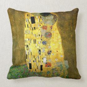 The Kiss by Gustav Klimt throwpillow