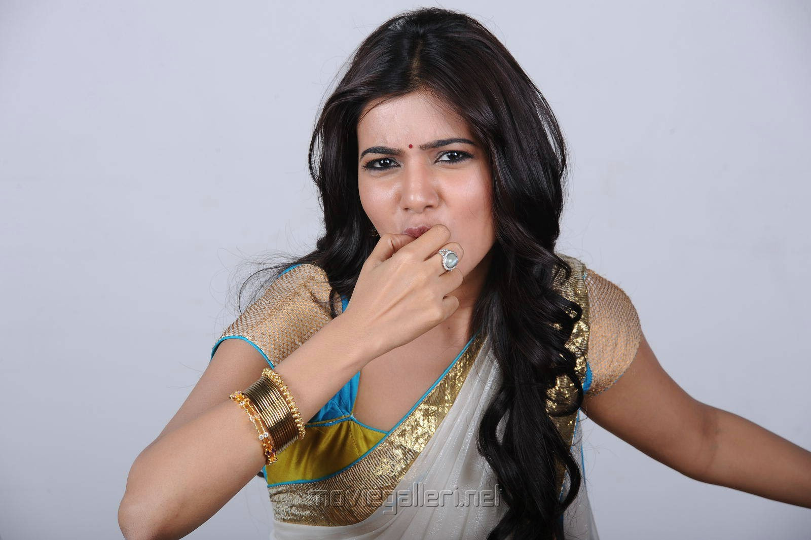 Actress Samantha Hot Spicy Half Saree Photoshoot Wallpapers