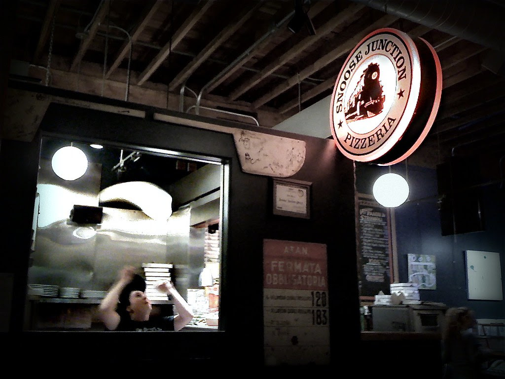iPhone Wednesday #31:  Pizza Toss