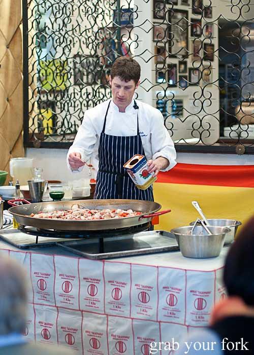 paella class at osteria del toro