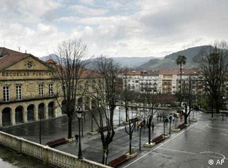 Setenta años después del ataque, la población vasca conmemora aquellos hechos.