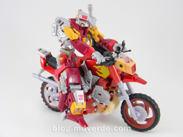 Transformers Junkheap Deluxe - Generations - modo robot