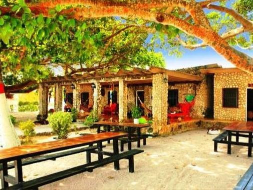 Hotel Isla del Encanto Reviews