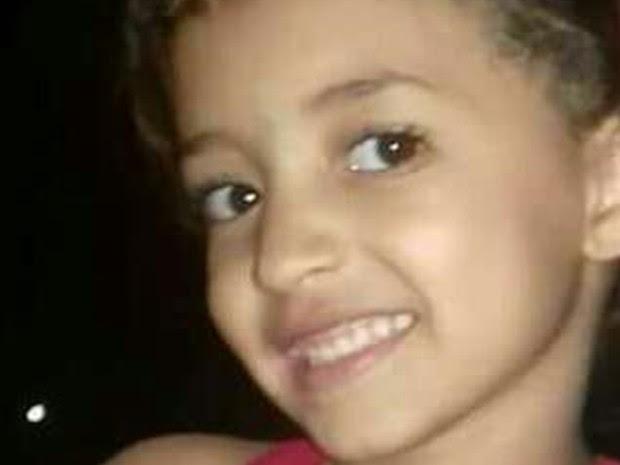 Ana Clara Pires Camargo, 6, está desaparecida desde a tarde de sexta-feira (17), em Goiânia, Goiás (Foto: Reprodução/TV Anhanguera)