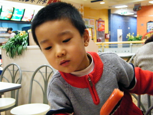 baby ate fried sausage, his mom's favorite