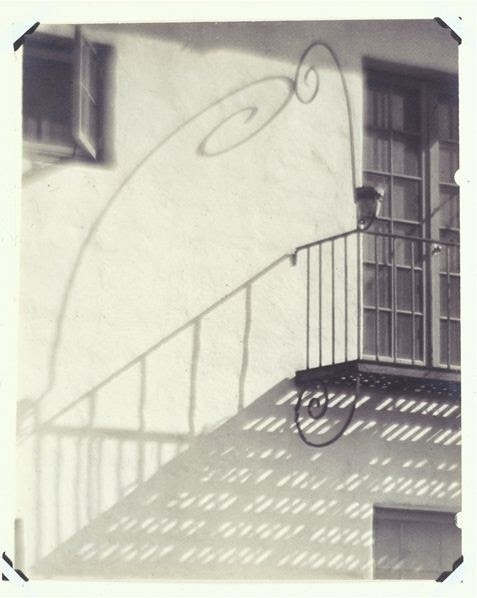 varietas:    Alma Lavenson (1897-1989): From Balcony, 1912.