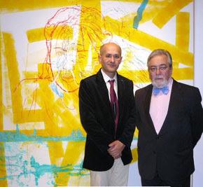 D. Tomás Paredes a a la derecha con Angel Agrela, en la inauguración de la exposición del Premio de Pintura BMW