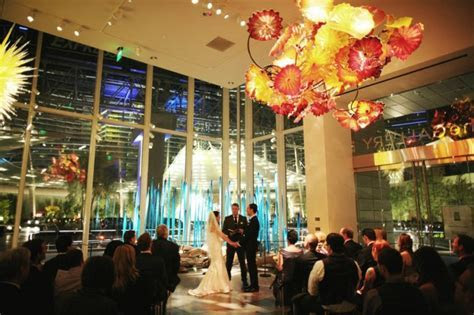 Gordon and Jessica's Modern Gallery Wedding at Aria from