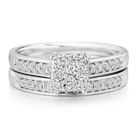 18ct White Gold Diamond Engagement and Wedding Ring Set