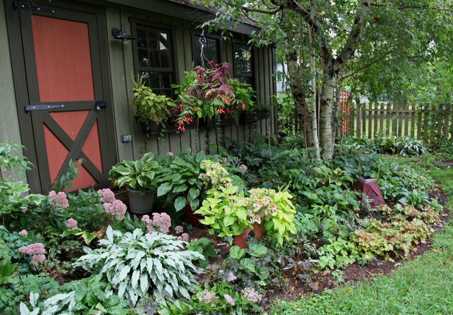 Backyard Landscaping Shaded Areas Tropical Landscaping Ideas