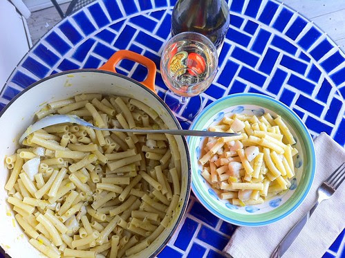 Pasta with Scallops and Wine Angle Shot