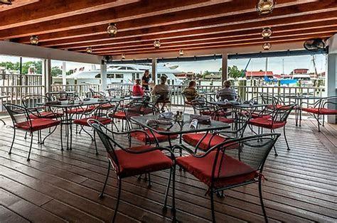 Harbourside Grill   Restaurants & Bars   Caterers & Cakes