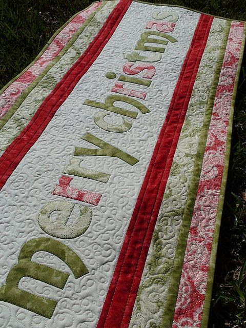 merry christmas table topper by frivolous necessity, via Flickr. No tutorial, great font.