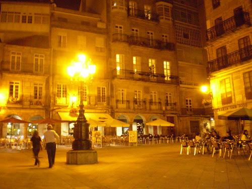 Vigo by night
