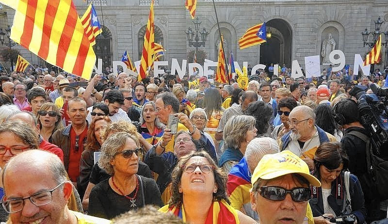 Thumbnail for Catalonian leader orders referendum on independence from Spain