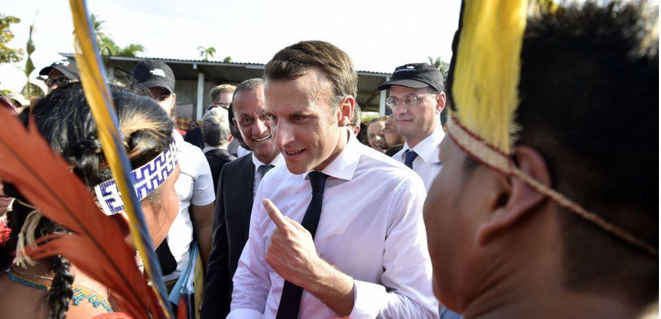 """""""Ici, on n'est pas la même France que les autres"""" : Macron face au désarroi des Guyanais"""
