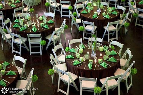 emerald green and brown wedding decor   Green and brown