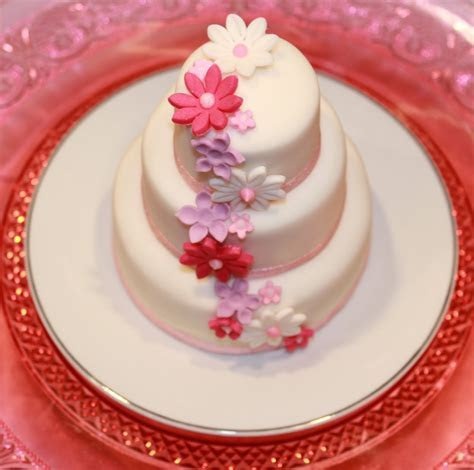 Crescent Cakes ~ by Kath: 3 Tiered Mini Cake
